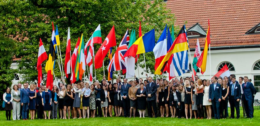 College of Europe: Bewerben bis 20. Januar