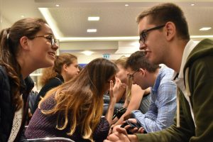 """""""Speed-Dating"""": getting to know each other on Thursday evening"""